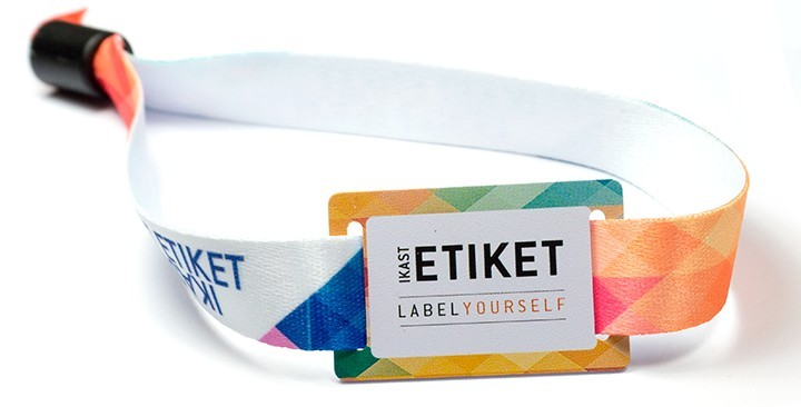 Digitally printed RFID wristbands with plastic slider