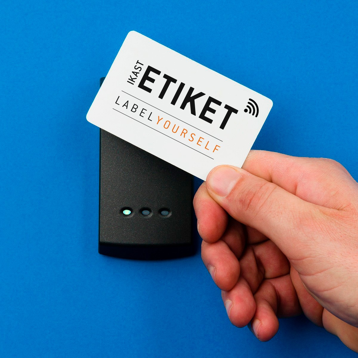 Cheap plastic cards with RFID or NFC tags - buy them here